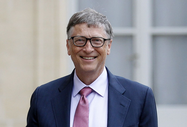 Bill Gates claimed he was poorer than a black newspaper seller: He didn't wait until he was rich to help others!
