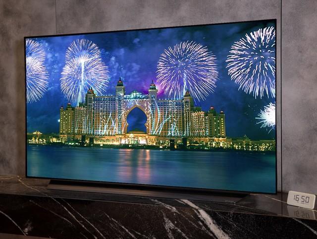 Được nhiều giải thưởng trong nước và quốc tế, TV LG OLED C9 được người mua săn lùng dịp Tết