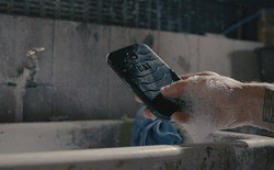The world's first 'antibacterial' phone costs 7 million dong